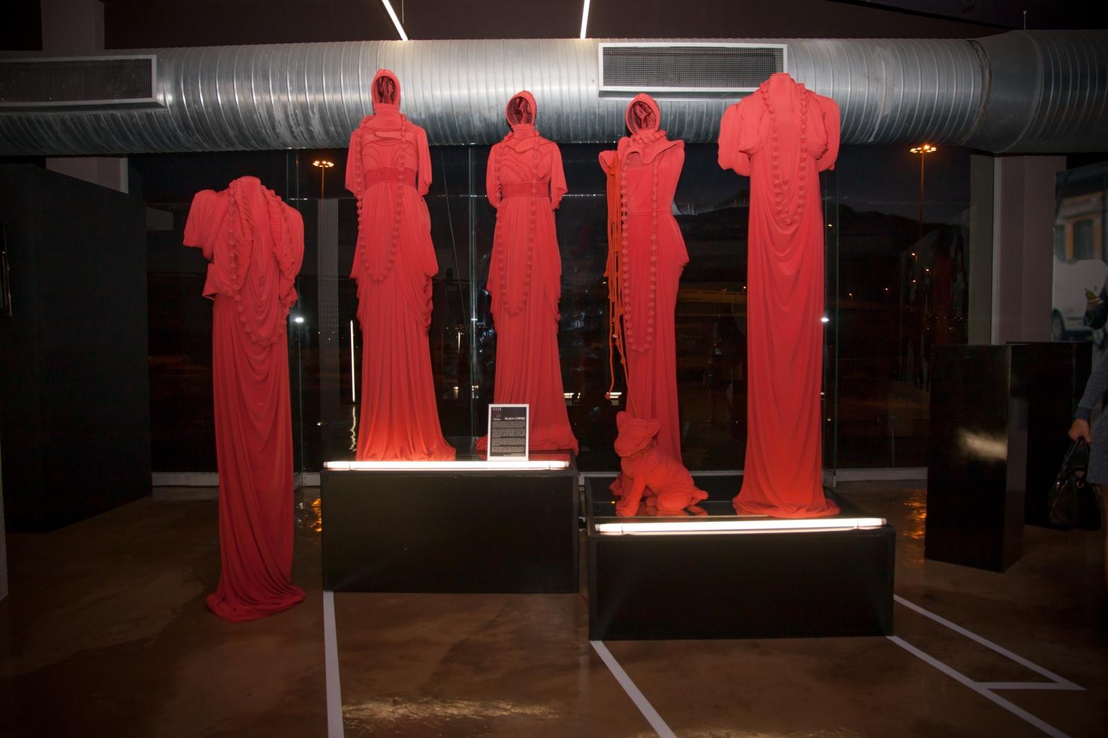 Suzaan Heyns, Elle Style Reporter Awards, Art Exhibitions