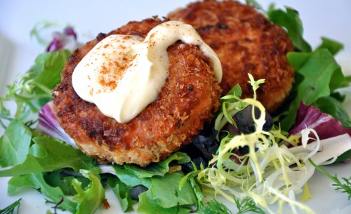 Salmon cakes with wasabi mayonnaise 8