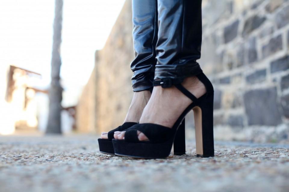 black block peep-toe high heels